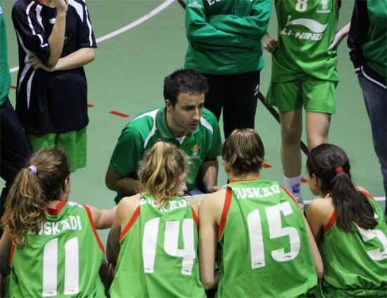 Daniel Encinas nuevo entrenador del Segunda División Femenina