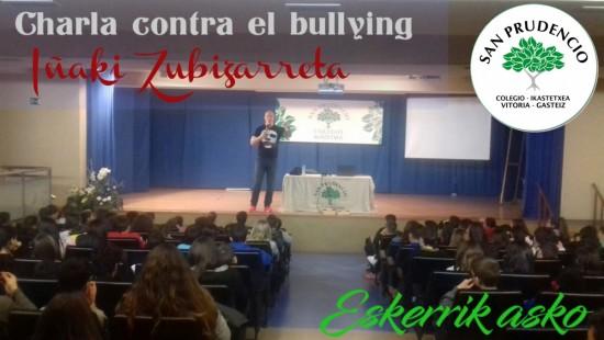Charla de Iñaki Zubizarreta conta el bullying