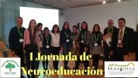 Zuzendaritza taldea Artium Museora gerturatu da Neurohezkuntzako I. Jadunaldian.